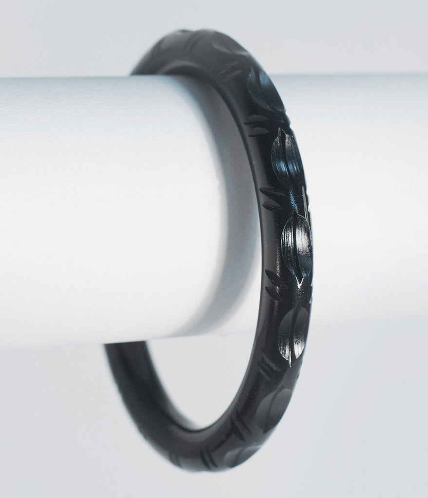 Black Resin Carved Narrow Bangle