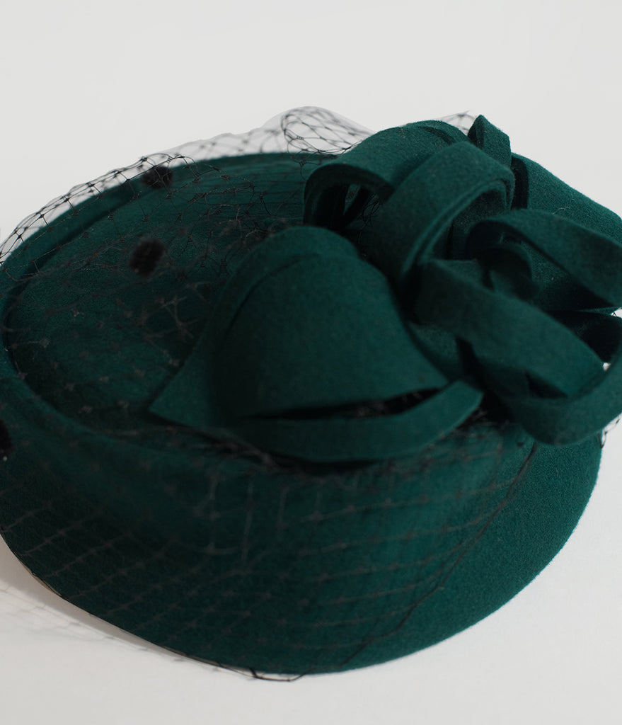 Unique Vintage Emerald Green Wool Netted Pillbox Hat