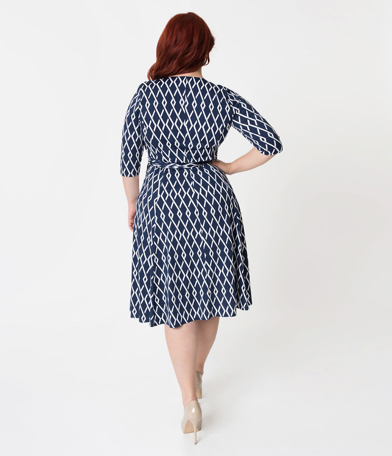 Retro Style Plus Size Navy Blue & White Pattern Sleeved Essential Wrap Dress