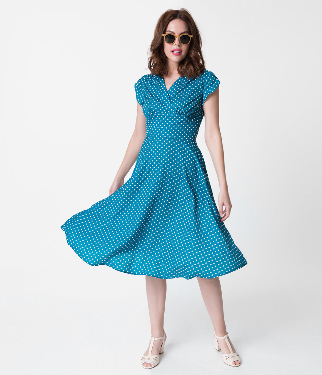 What Did Women Wear in the 1940s? Voodoo Vixen 1940S Style Teal  White Polka Dot Tabby Tea Dress $64.00 AT vintagedancer.com