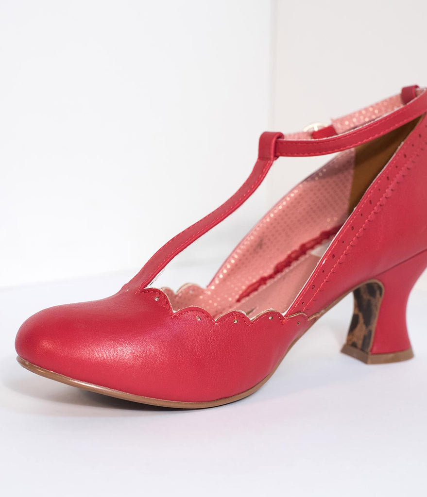 Bettie Page 1940s Red Leatherette Penny Scalloped T-Strap Heels