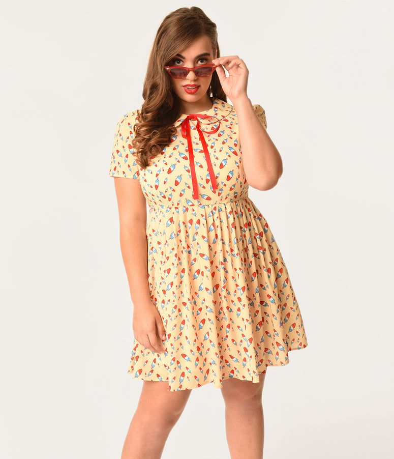 Plus Size Retro Style Cream & Popsicle Print Short Sleeve Mod Flare Dress
