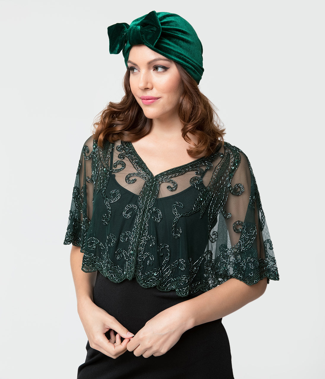 1920s Style Shawls, Wraps, Scarves Vintage Style Emerald Green Velvet Turban $28.00 AT vintagedancer.com