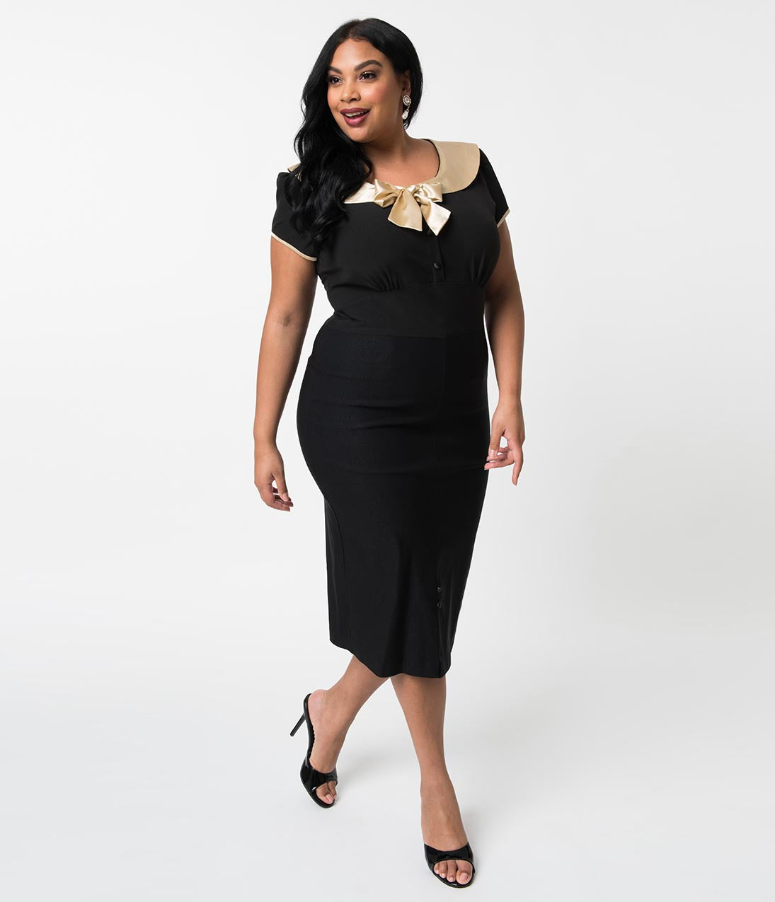 1940s Plus Size Fashion: Style Advice from 1940s to Today Stop Staring Plus Size 1940S Style Black  Cream Bow Von Sweet Wiggle Dress $118.00 AT vintagedancer.com