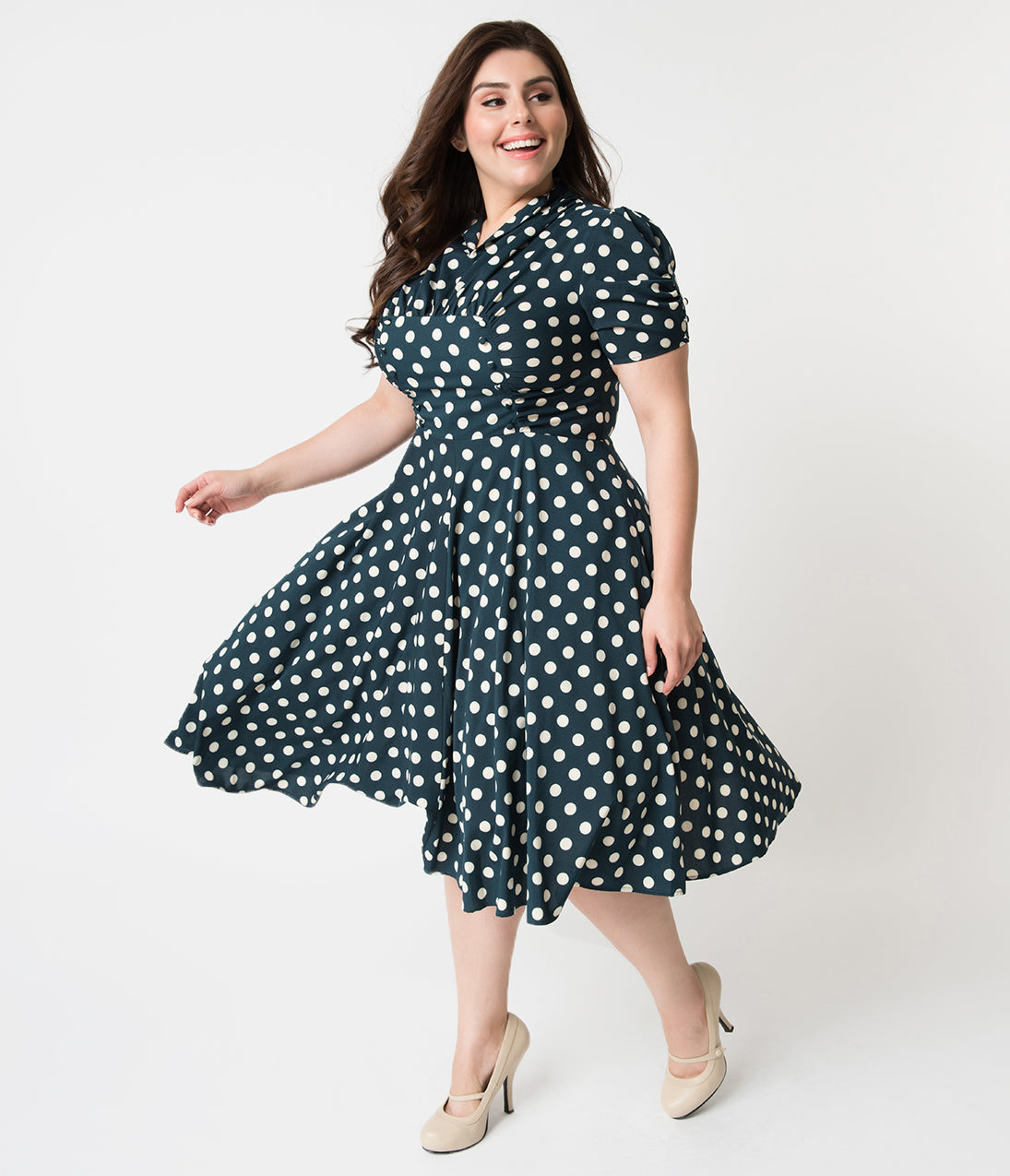 1940s Plus Size Fashion: Style Advice from 1940s to Today Unique Vintage Plus Size 1940S Style Emerald Green  White Dot Camilla Midi Dress $66.00 AT vintagedancer.com
