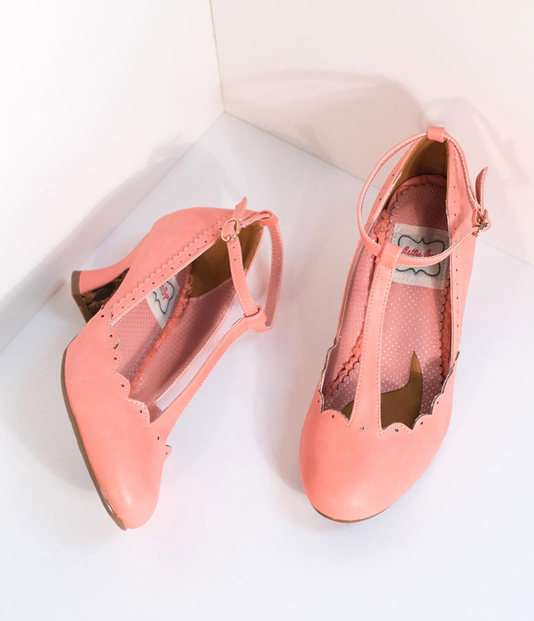 Bettie Page 1940s Peach Pink Leatherette Penny Scalloped T-Strap Heels