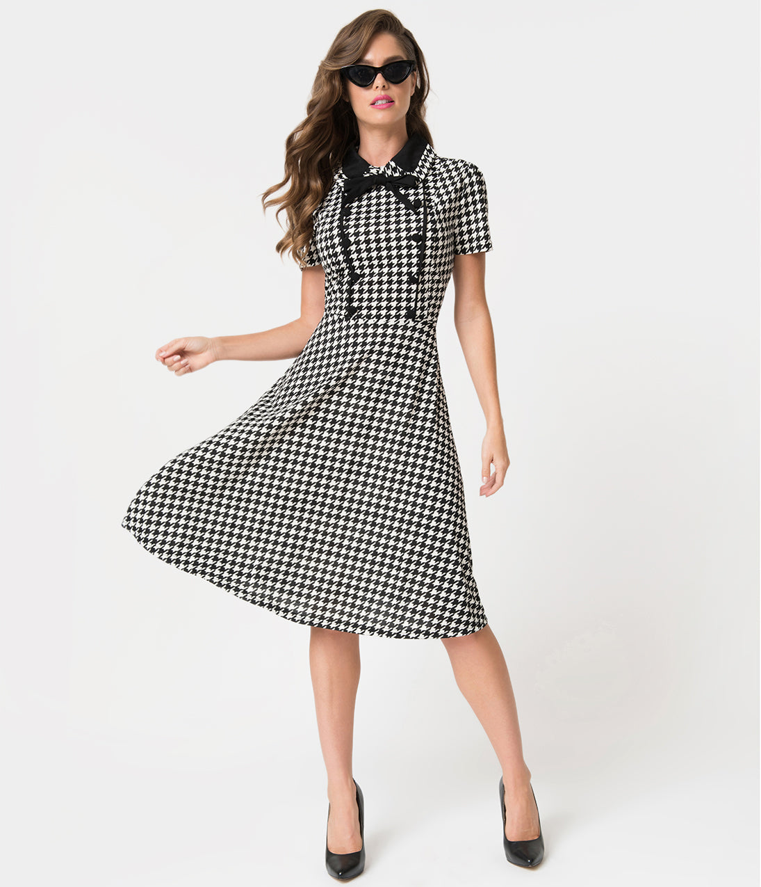 Vintage Tea Dresses, Floral Tea Dresses, Tea Length Dresses 1940S Style Black  White Houndstooth Button Swing Dress $68.00 AT vintagedancer.com