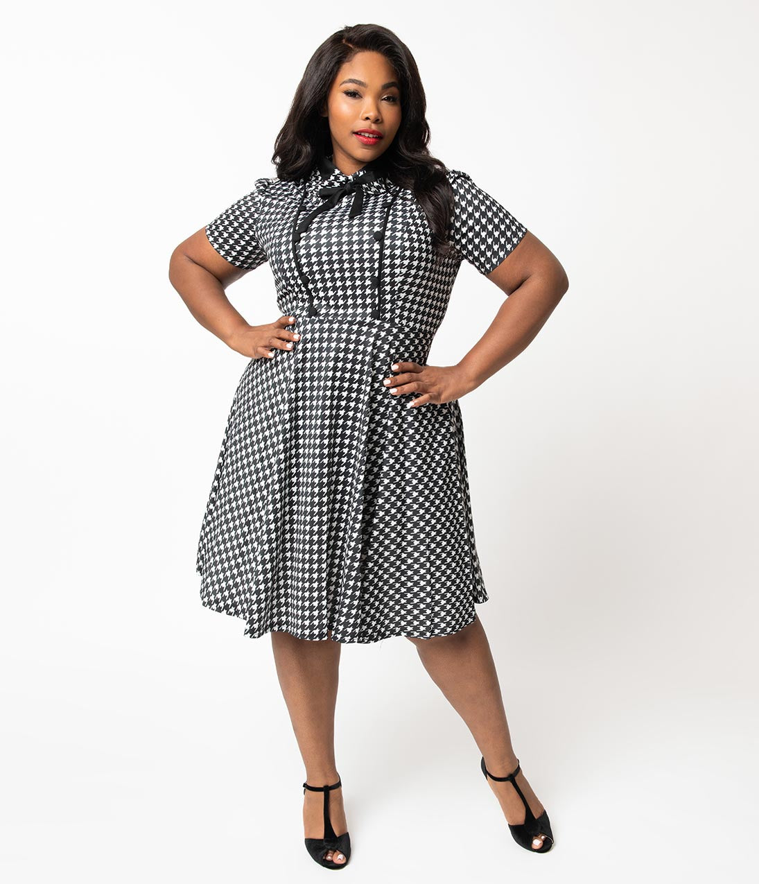 1940s Dresses | 40s Dress, Swing Dress Plus Size 1940S Style Black  White Houndstooth Button Swing Dress $43.00 AT vintagedancer.com