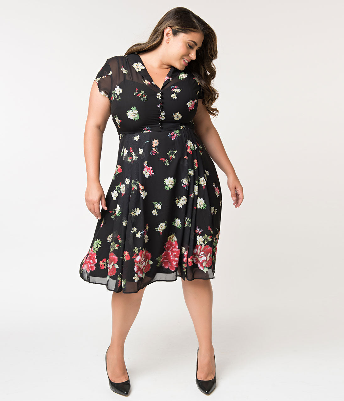 1940s Plus Size Fashion: Style Advice from 1940s to Today Hell Bunny Plus Size Black Floral Jolie Papillon Chiffon Swing Dress $50.00 AT vintagedancer.com
