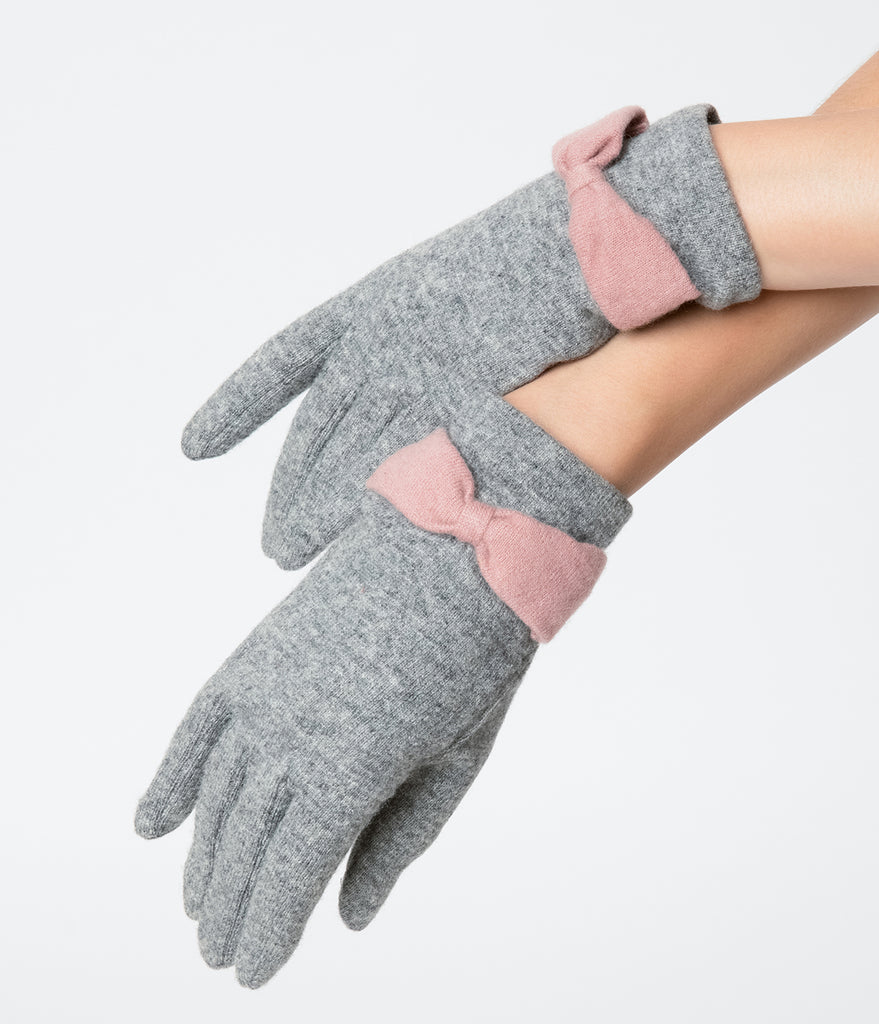 Unique Vintage Grey Wool & Pink Bow Wrist Gloves
