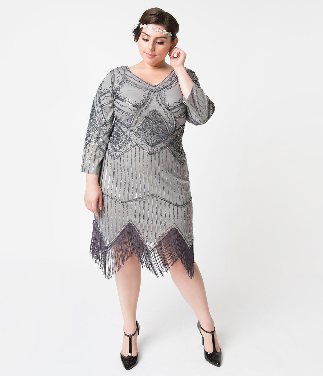 1920s Evening Dresses & Formal Gowns Unique Vintage Plus Size 1920S Dark Grey Beaded Sequin Sleeved Noemie Fringe Flapper Dress $36.00 AT vintagedancer.com