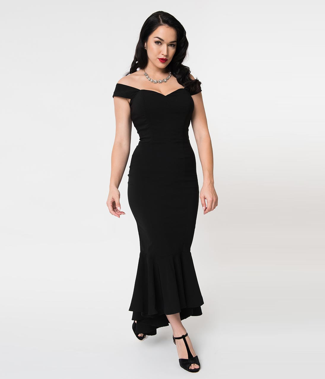 1940s Evening, Prom, Party, Formal, Ball Gowns Collectif 1940S Style Black Off Shoulder Fishtail Valentina Fitted Dress $68.00 AT vintagedancer.com
