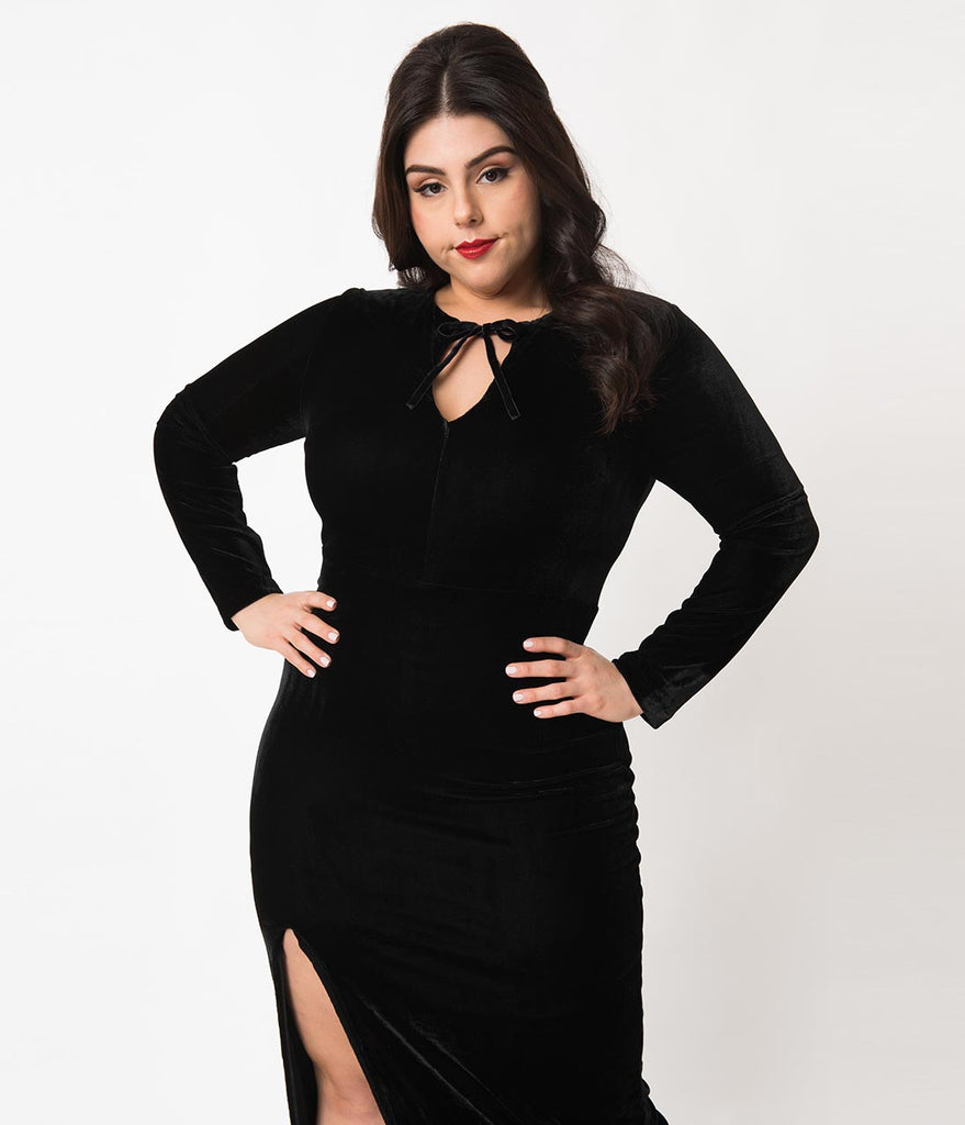 Collectif Plus Size Black Velvet Long Sleeve Billa Maxi Dress