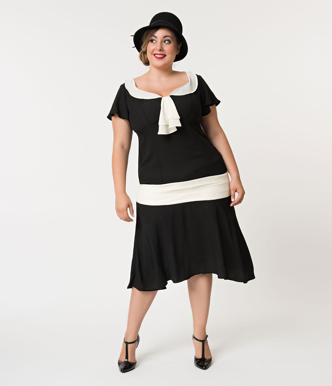 1920s Plus Size Flapper Dresses, Gatsby Dresses, Flapper Costumes Unique Vintage Plus Size 1920S Black  Cream Wilshire Flapper Day Dress $78.00 AT vintagedancer.com