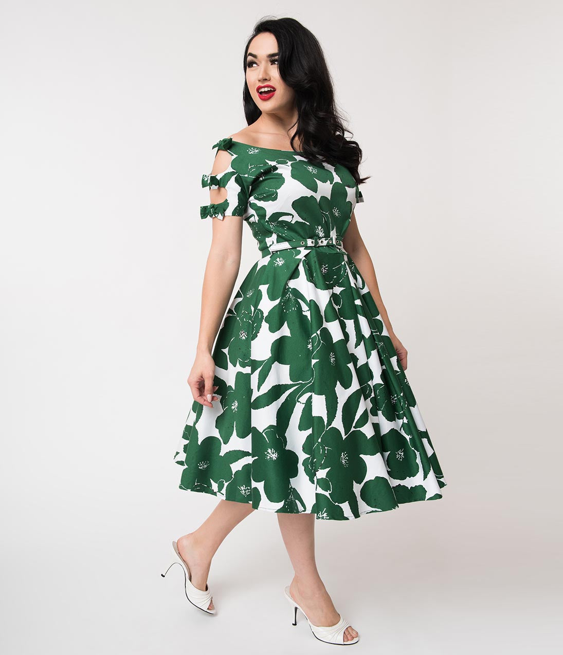 Retro Tiki Dress – Tropical, Hawaiian Dresses Unique Vintage 1950S White  Green Floral Bow Sleeve Selma Swing Dress $98.00 AT vintagedancer.com