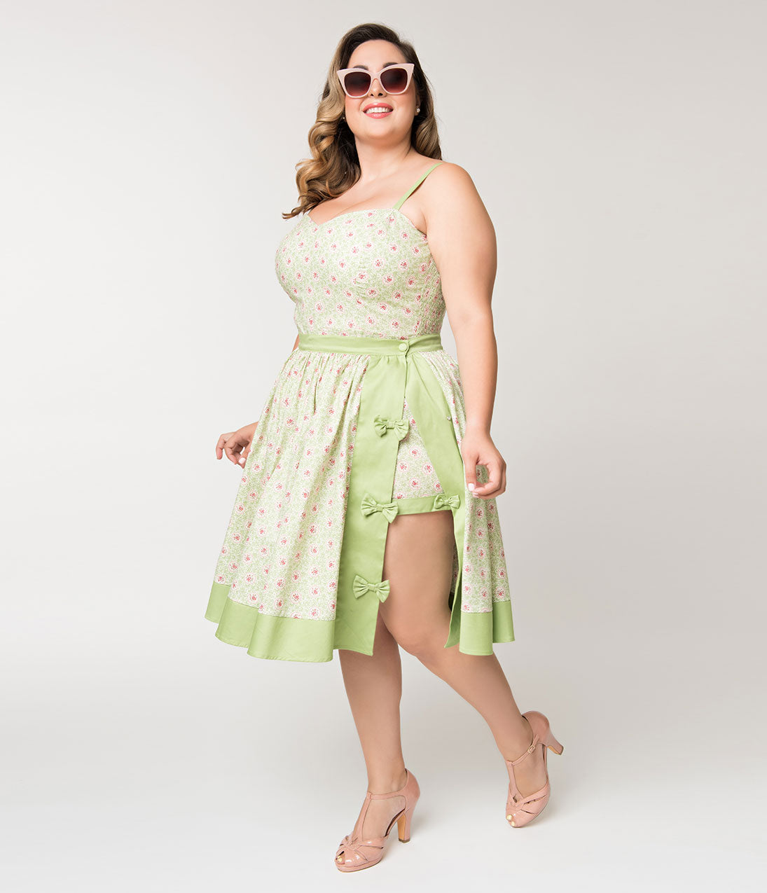c8e22b3b89 Unique Vintage Plus Size Mint Green   Polka Dot Floral Rye Swing Skirt