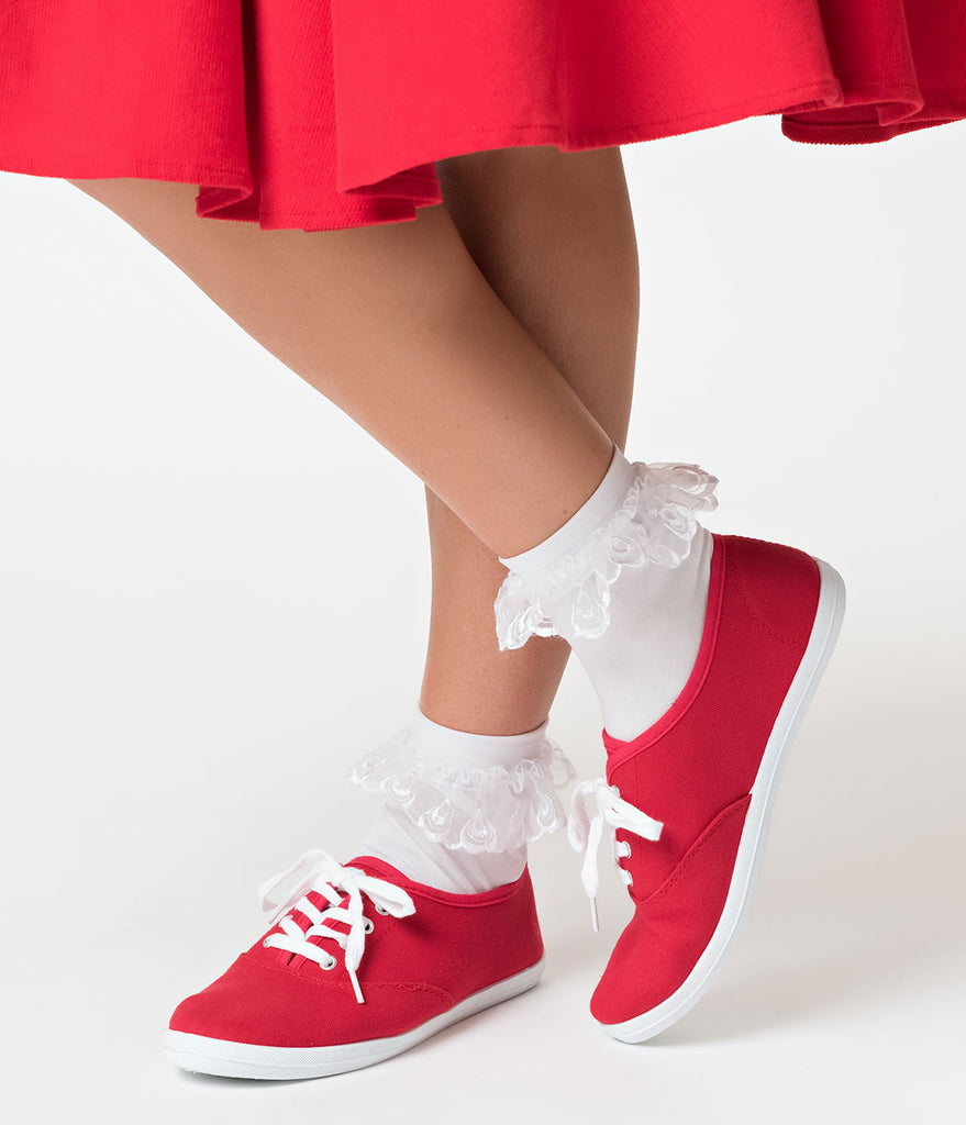 White Anklet Socks with Lace Ruffle