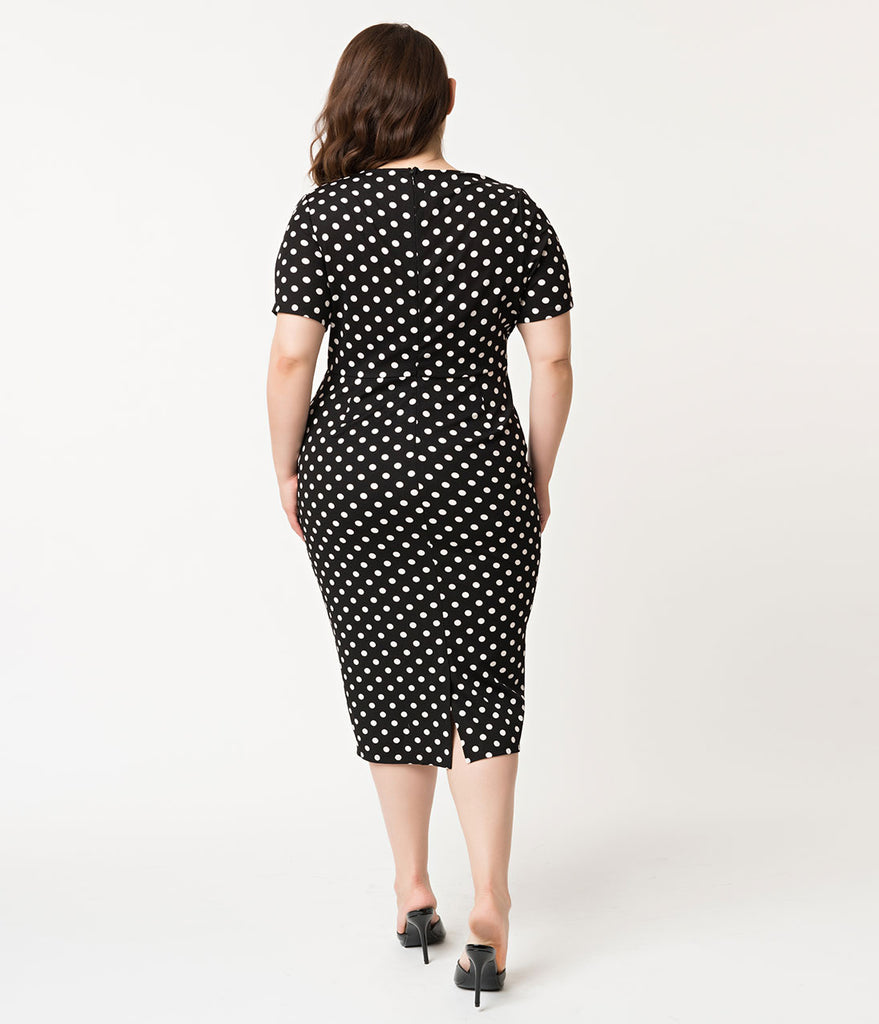 Unique Vintage Plus Size 1960s Black & White Dotted Short Sleeve Stretch Mod Wiggle Dress