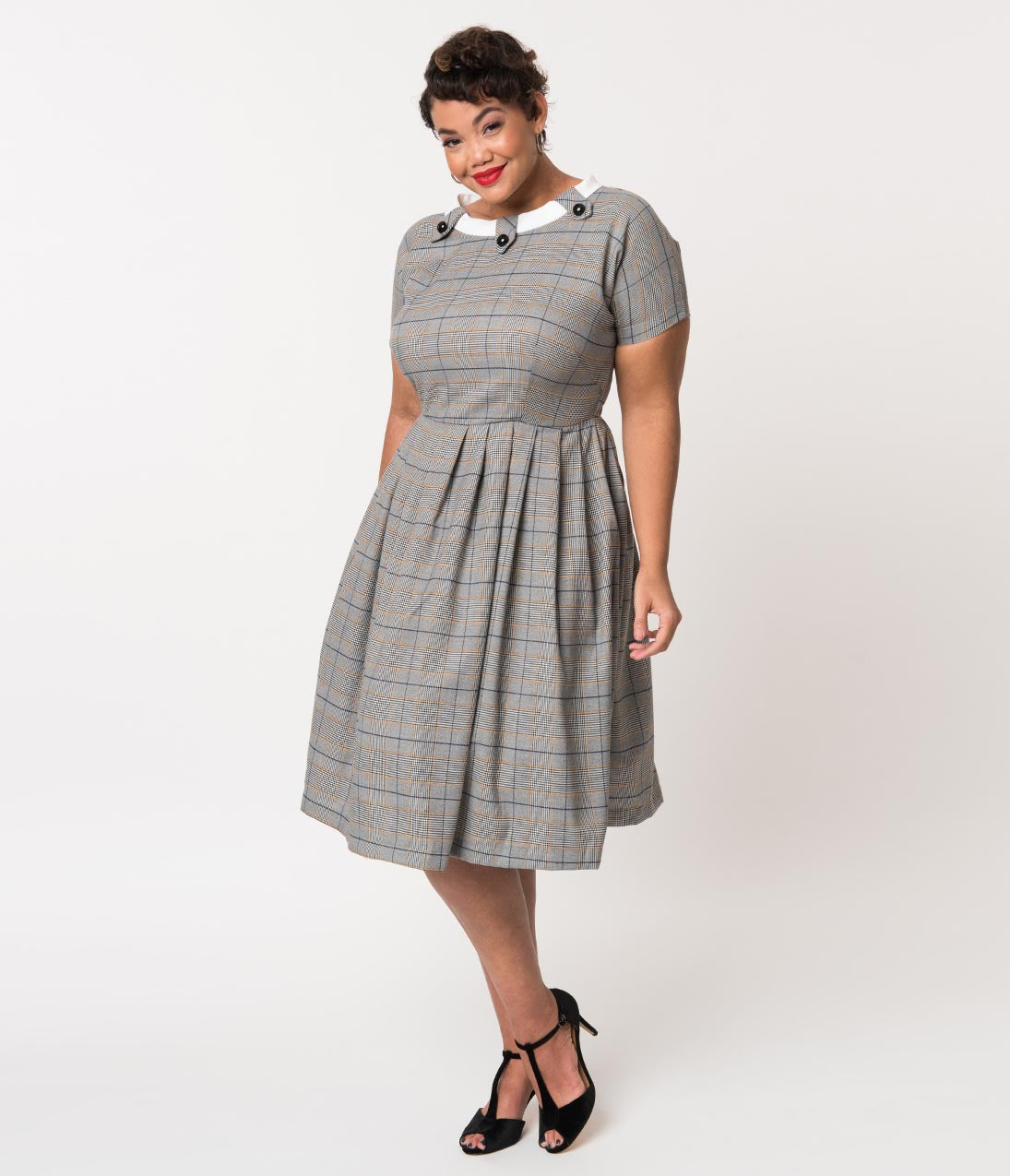 1960s Dresses | 60s Dresses Mod, Mini, Jackie O, Hippie Plus Size Retro Style Grey Plaid Check Short Sleeve Beatrice Swing Dress $93.00 AT vintagedancer.com