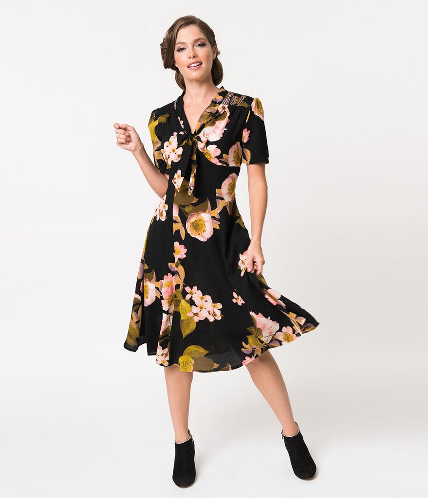 1940s Style Black & Pink Floral Crepe Short Sleeve Hannah Swing Dress