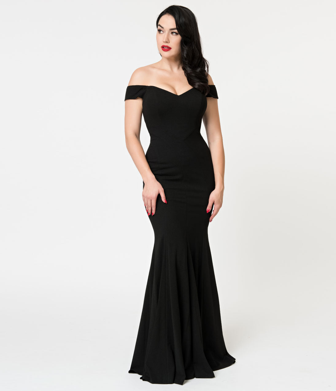 1950s History of Prom, Party, Evening and Formal Dresses Black Off The Shoulder Fitted Mermaid Long Dress $118.00 AT vintagedancer.com