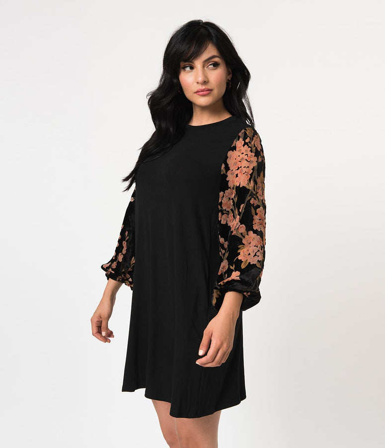 Black Knit & Floral Sleeved Casual Shift Dress