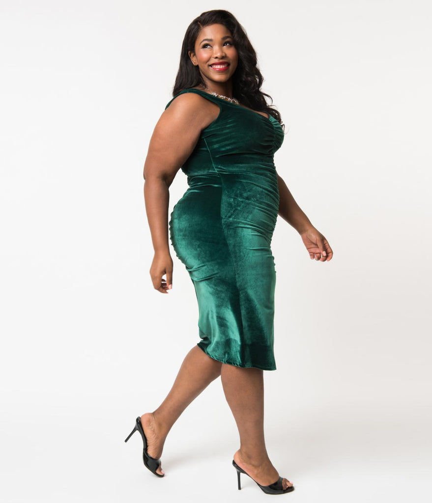 Bettie Page Plus Size Emerald Green Velvet After Hours Ruched Wiggle Dress
