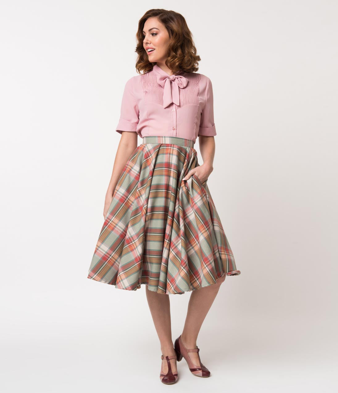 50s Skirt Styles | Poodle Skirts, Circle Skirts, Pencil Skirts Vintage Style Mint  Cream Plaid Cotton Circle Swing Skirt $62.00 AT vintagedancer.com