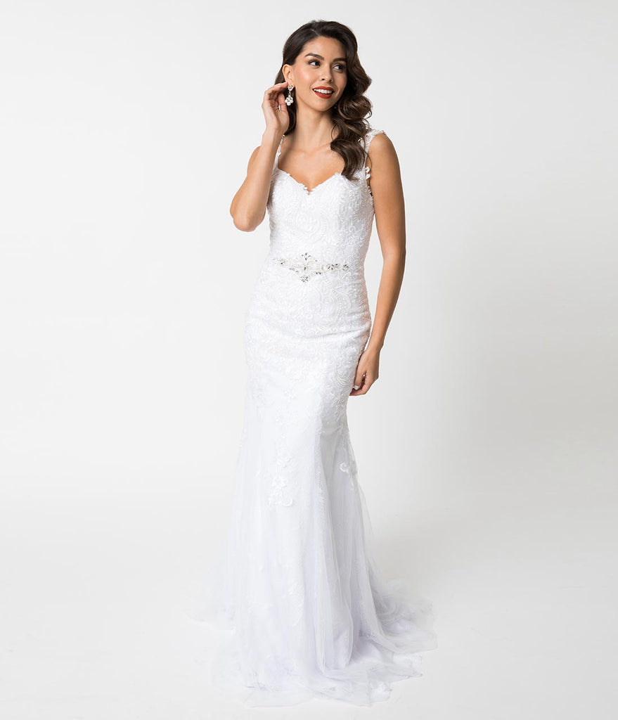 White Lace Sweetheart Crystal Fitted Mermaid Gown
