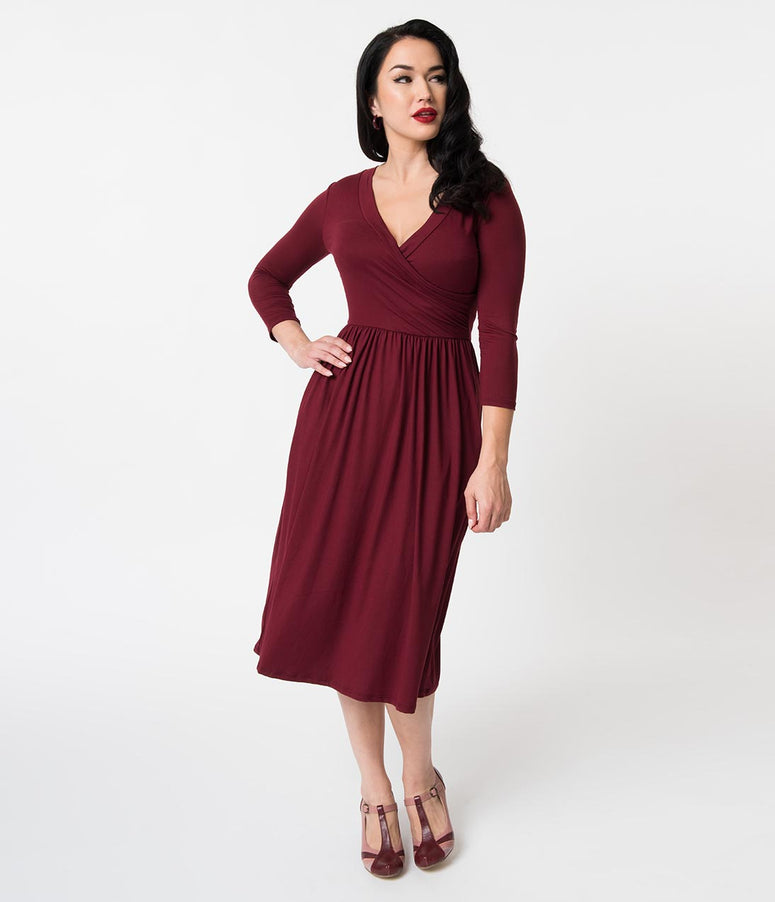 Vintage Style Burgundy Surplice Knit Sleeved Casual Dress
