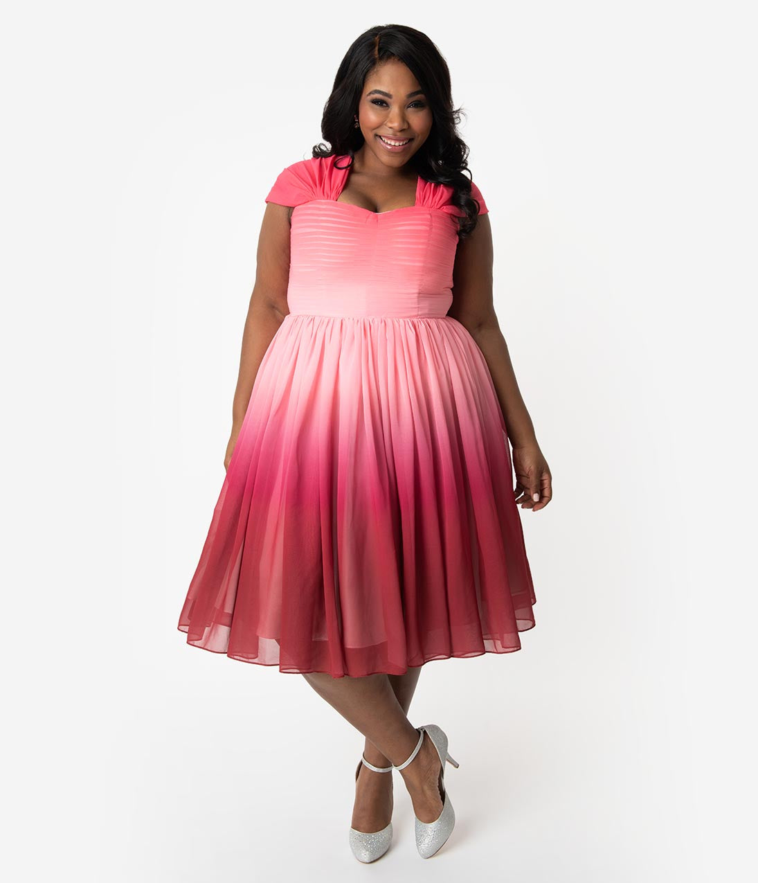 Plus Size Modest A-line Cap Sleeves Sweetheart Hidden Back Zipper Pleated Sheer Gathered Vintage Cocktail Party Dress