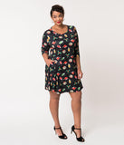 Plus Size Black Holiday Print Sleeved Stretch Shift Dress