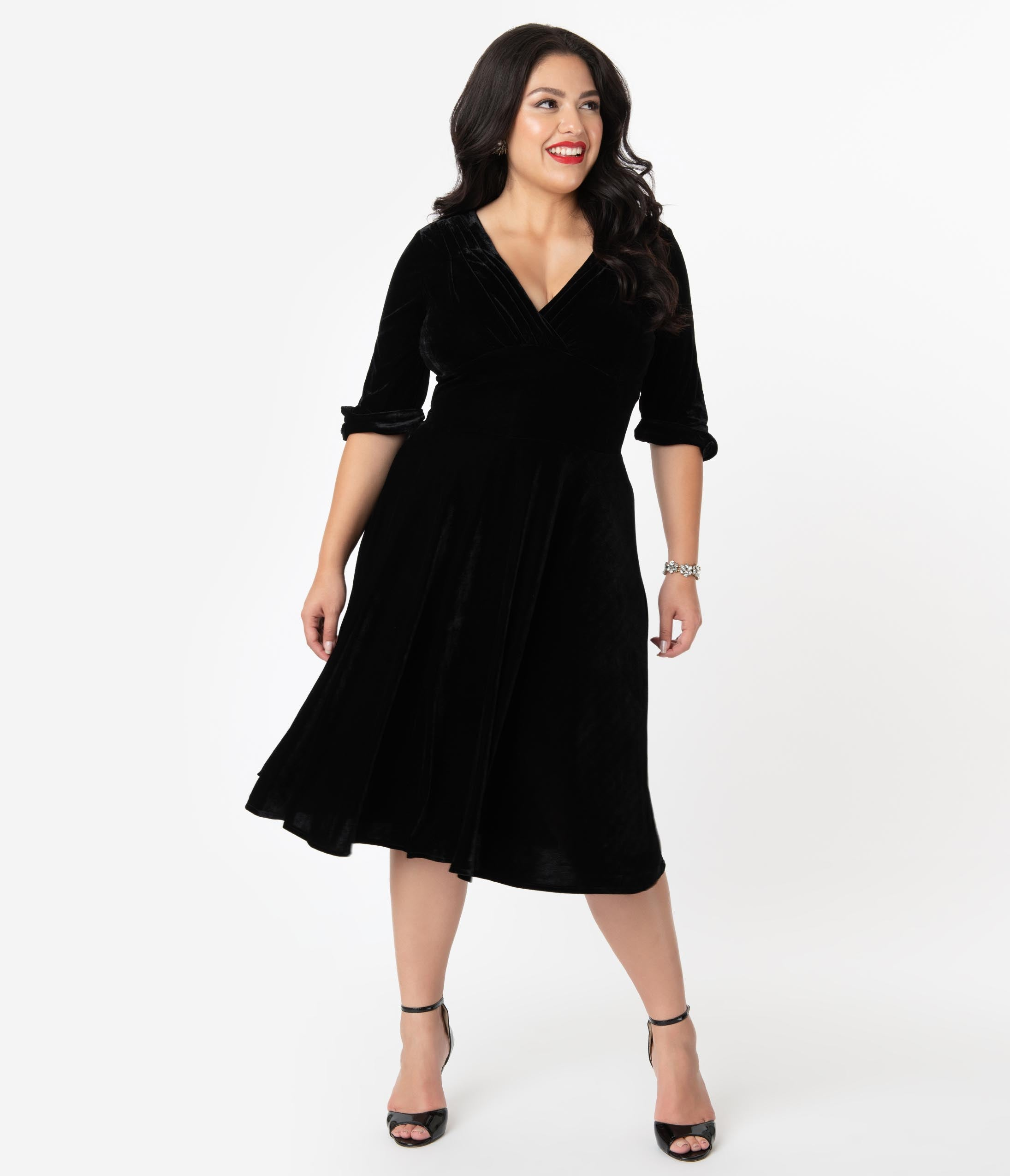 1950s Plus Size Dresses, Swing Dresses Unique Vintage Plus Size 1950S Black Velvet Delores Swing Dress With Sleeves $98.00 AT vintagedancer.com