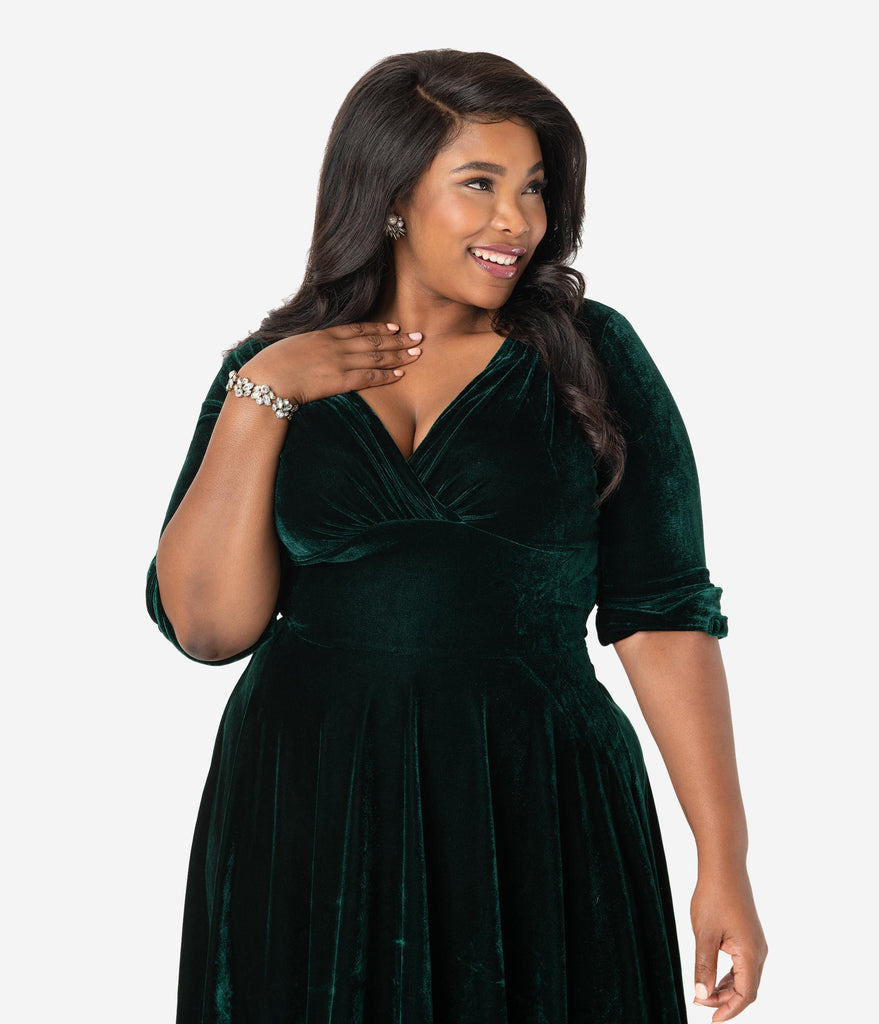 Unique Vintage Plus Size 1950s Emerald Green Velvet Delores Swing Dress with Sleeves