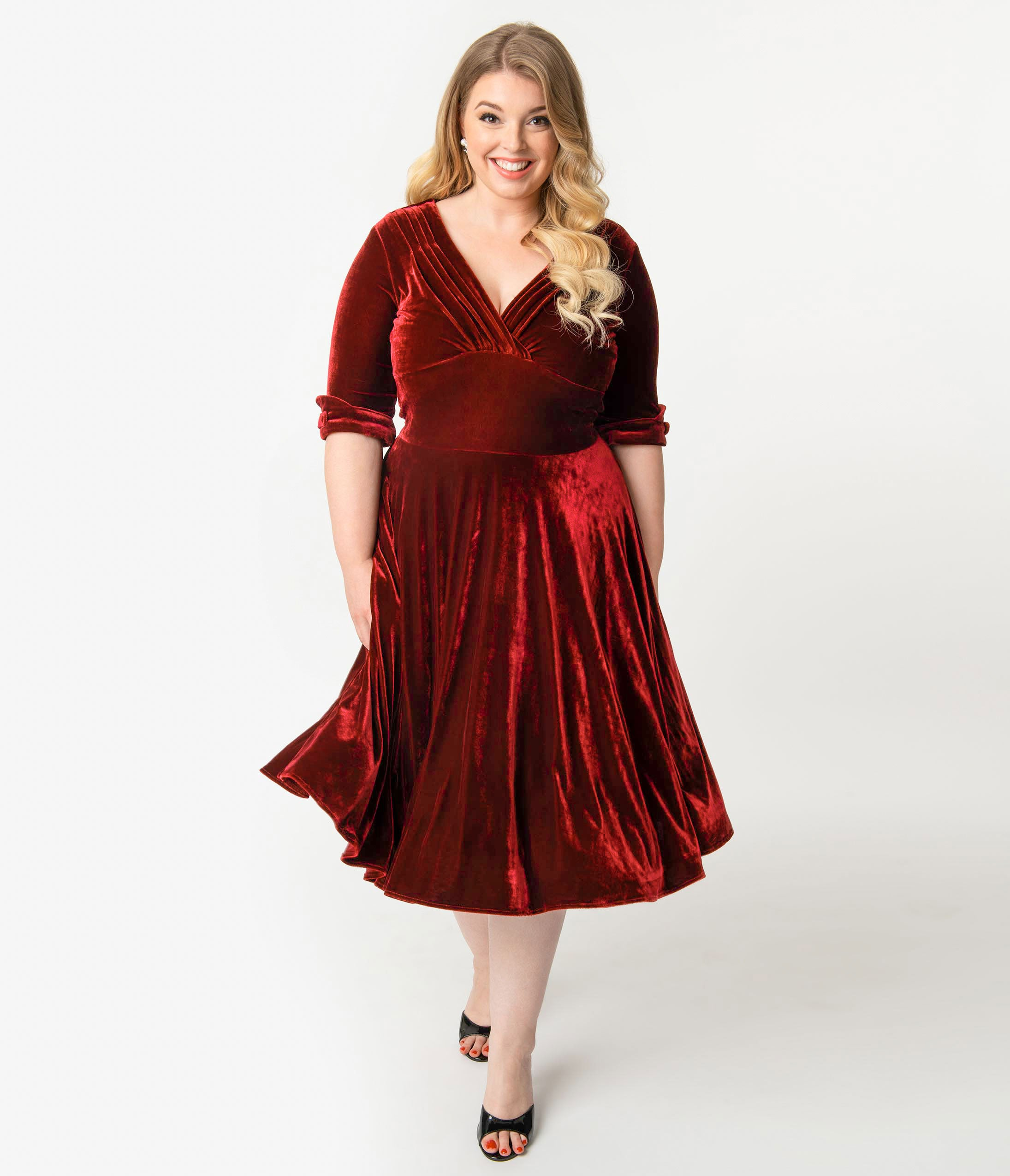 1950s Plus Size Dresses, Swing Dresses Unique Vintage Plus Size 1950S Burgundy Red Velvet Delores Swing Dress With Sleeves $98.00 AT vintagedancer.com