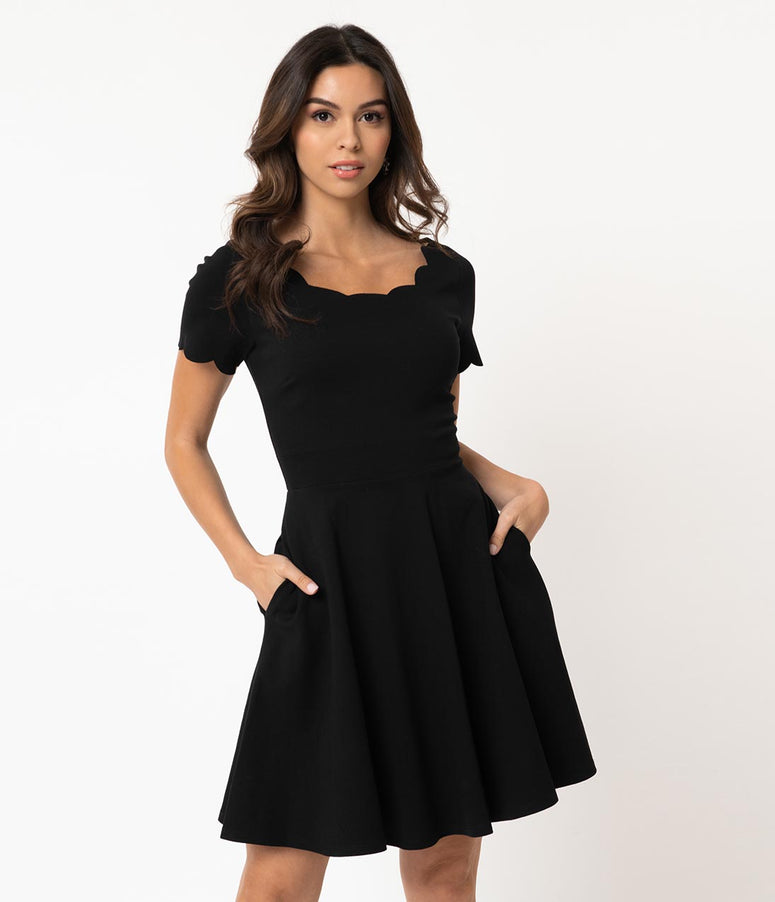Smak Parlour Black Stretch Scalloped Short Sleeve Charmed Fit & Flare Dress