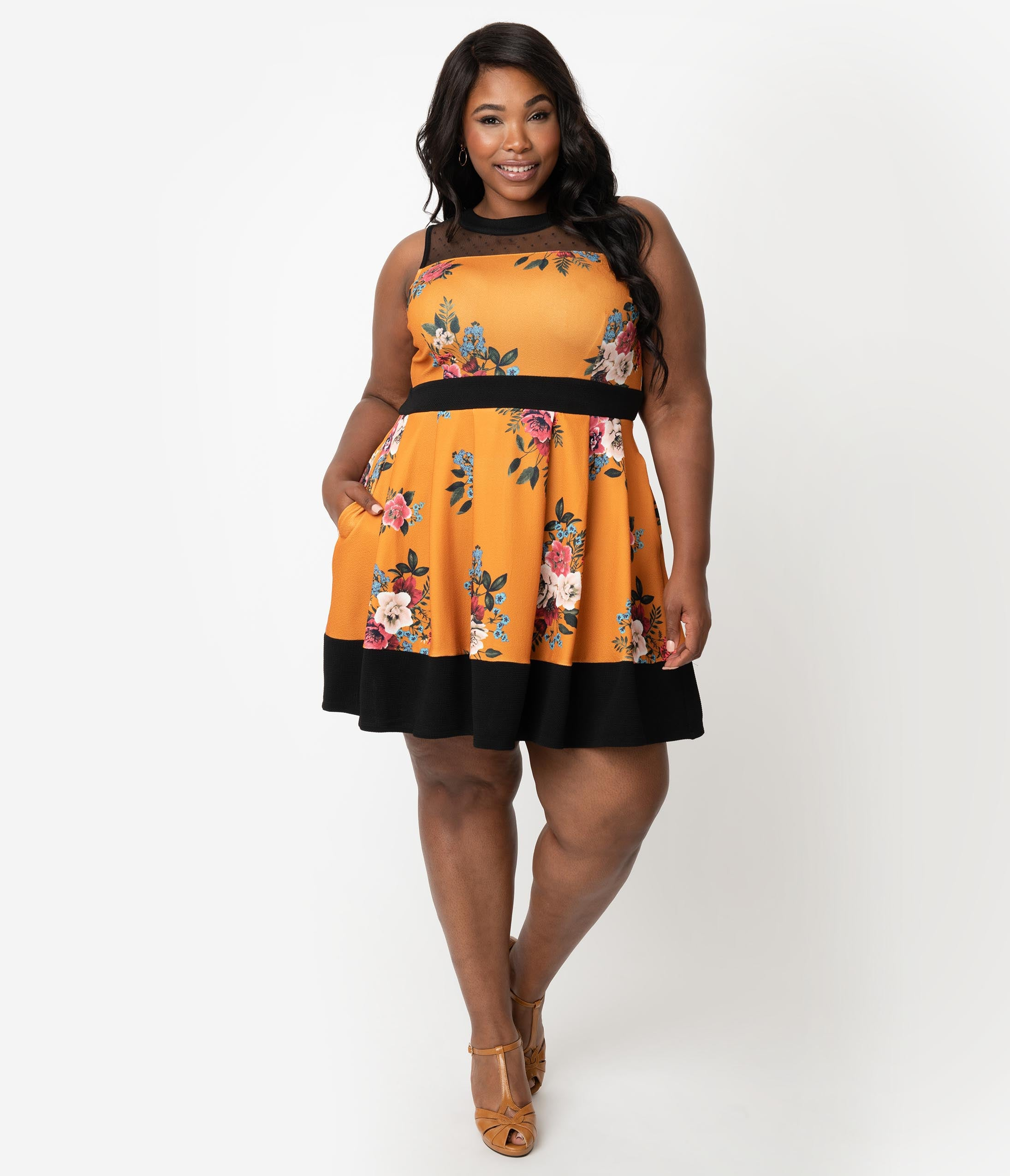 Plus Size A-line Floral Dots Print Back Zipper Stretchy Pocketed Banding Fitted Pleated Mesh Colorblocking Fit-and-Flare Above the Knee Dress