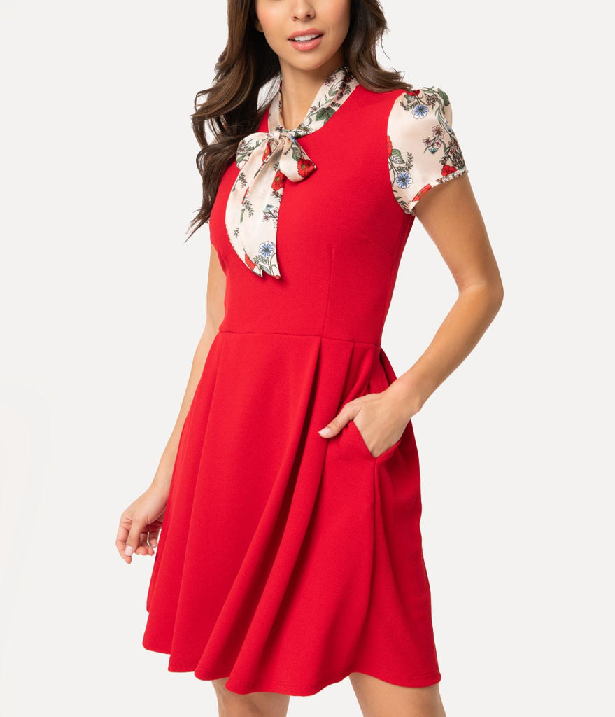 Smak Parlour 1960s Style Red & Cream Floral Empower Hour Fit & Flare Dress