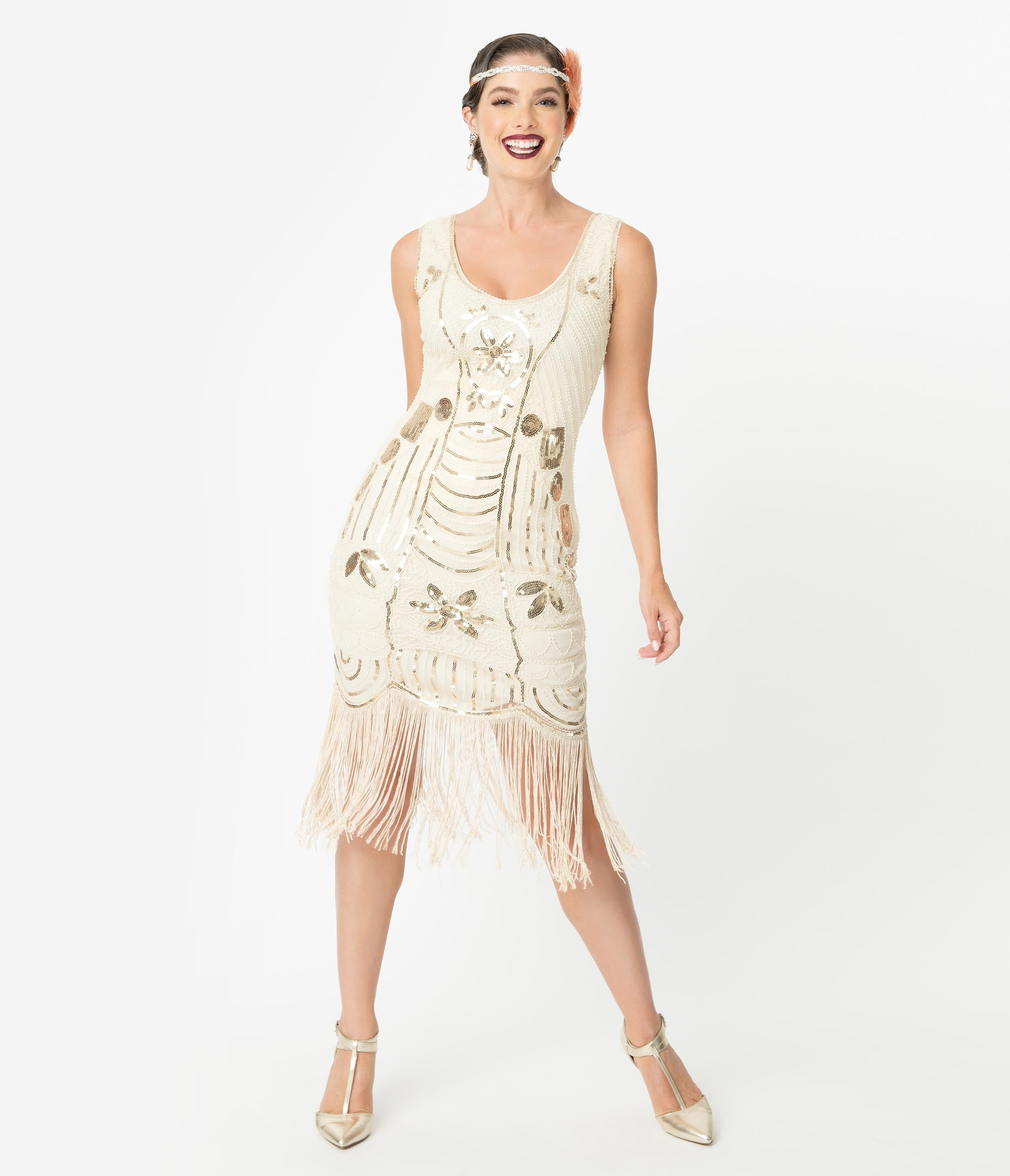 1920s Plus Size Flapper Dresses, Gatsby Dresses, Flapper Costumes Unique Vintage Cream  Gold Sequin Fringe Cremieux Flapper Dress $98.00 AT vintagedancer.com