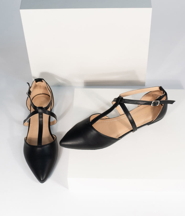 Black Leatherette Pointed Toe Dalena T-Strap Flat Sandals