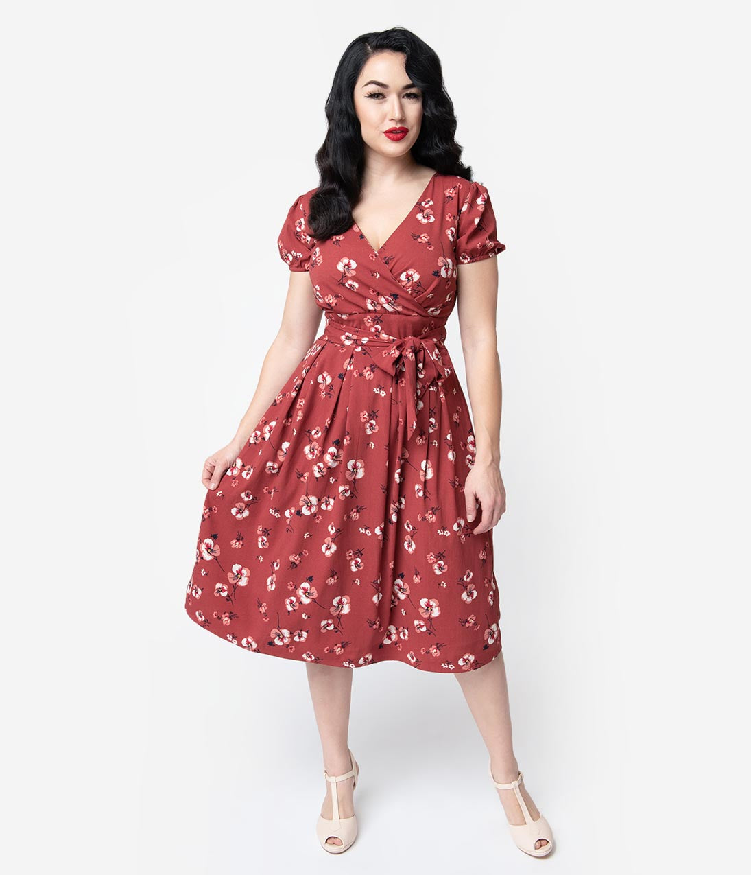 Vintage Tea Dresses, Floral Tea Dresses, Tea Length Dresses 1940S Style Dark Pink Floral Short Sleeve Katelyn Midi Dress $68.00 AT vintagedancer.com