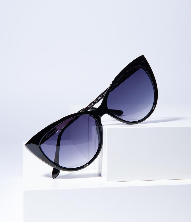 Black Oscar Worthy Cat Eye Sunglasses