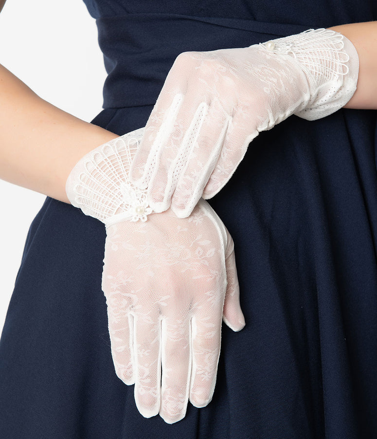 Unique Vintage White Deco Floral Mesh Wrist Gloves