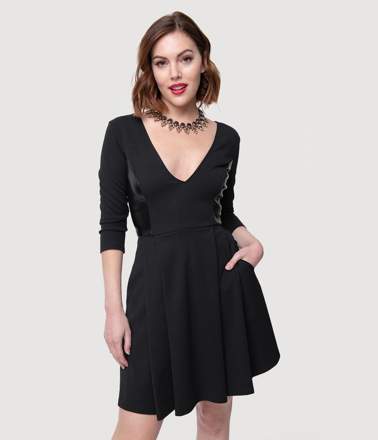 Smak Parlour Retro Style Black Sleeved V-Neck Fit & Flare Dress