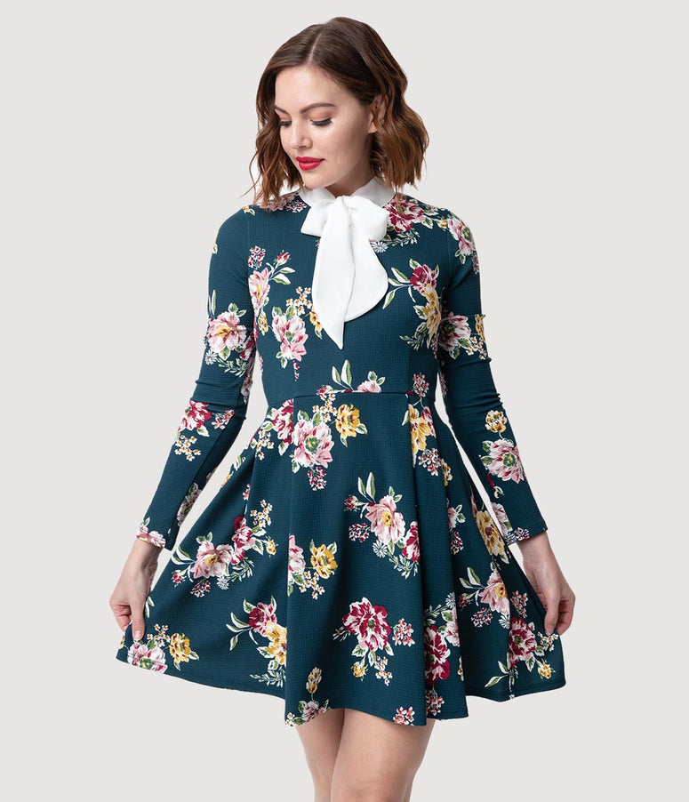 Smak Parlour Hunter Green Floral Neck Tie Long Sleeve Truth Or Flare Dress