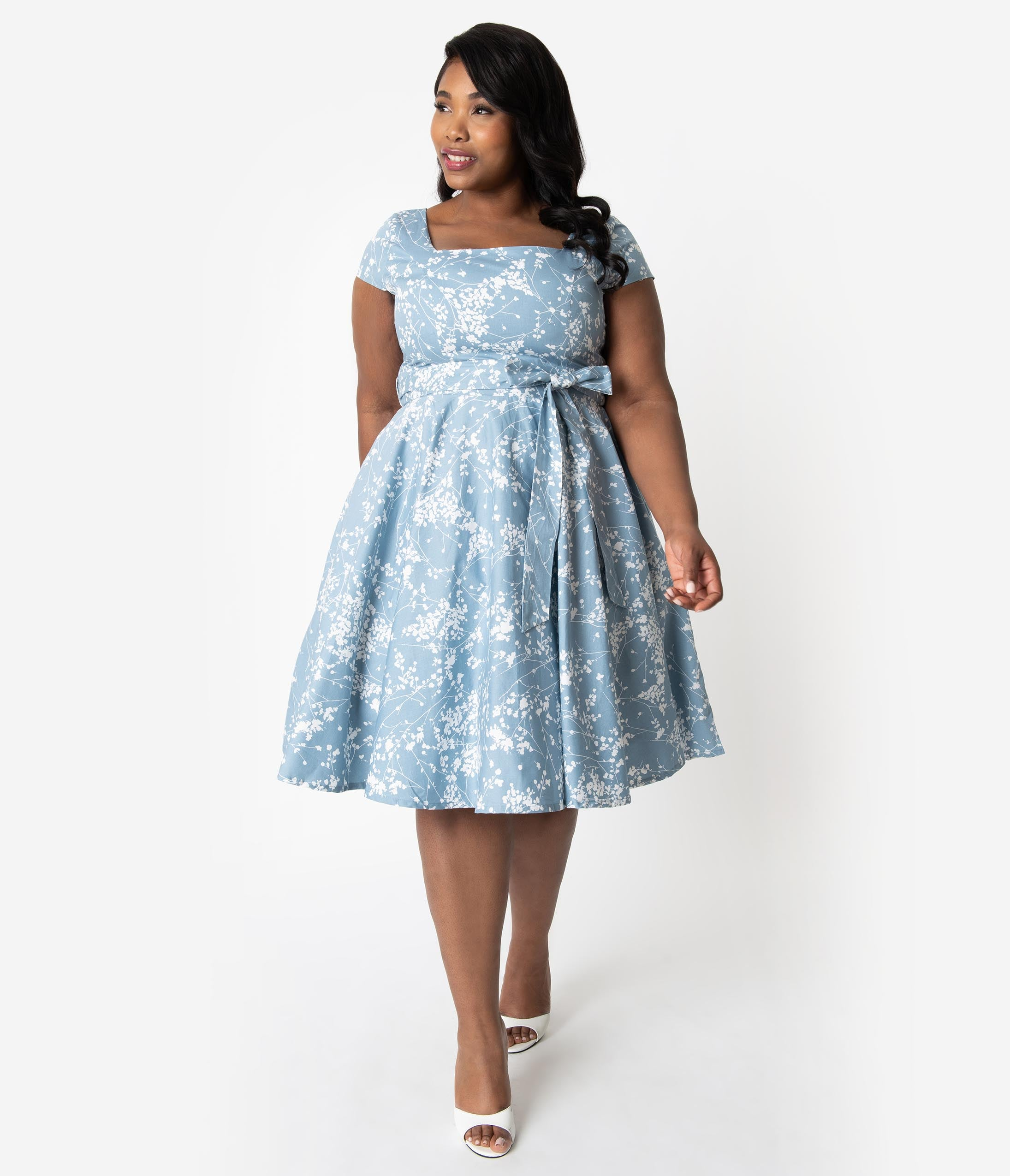 50s Costumes | 50s Halloween Costumes Plus Size Retro Style Light Blue  Ivory Dainty Floral Cap Sleeve Anna Swing Dress $51.00 AT vintagedancer.com
