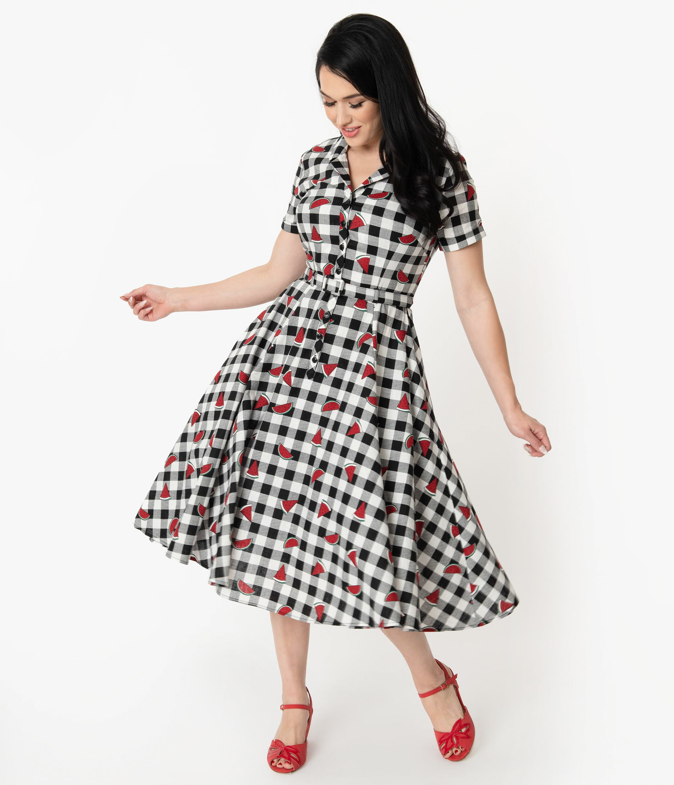 Fifties Dresses : 1950s Style Swing to Wiggle Dresses Collectif 1950S Black  White Gingham Watermelon Print Caterina Swing Dress $78.00 AT vintagedancer.com