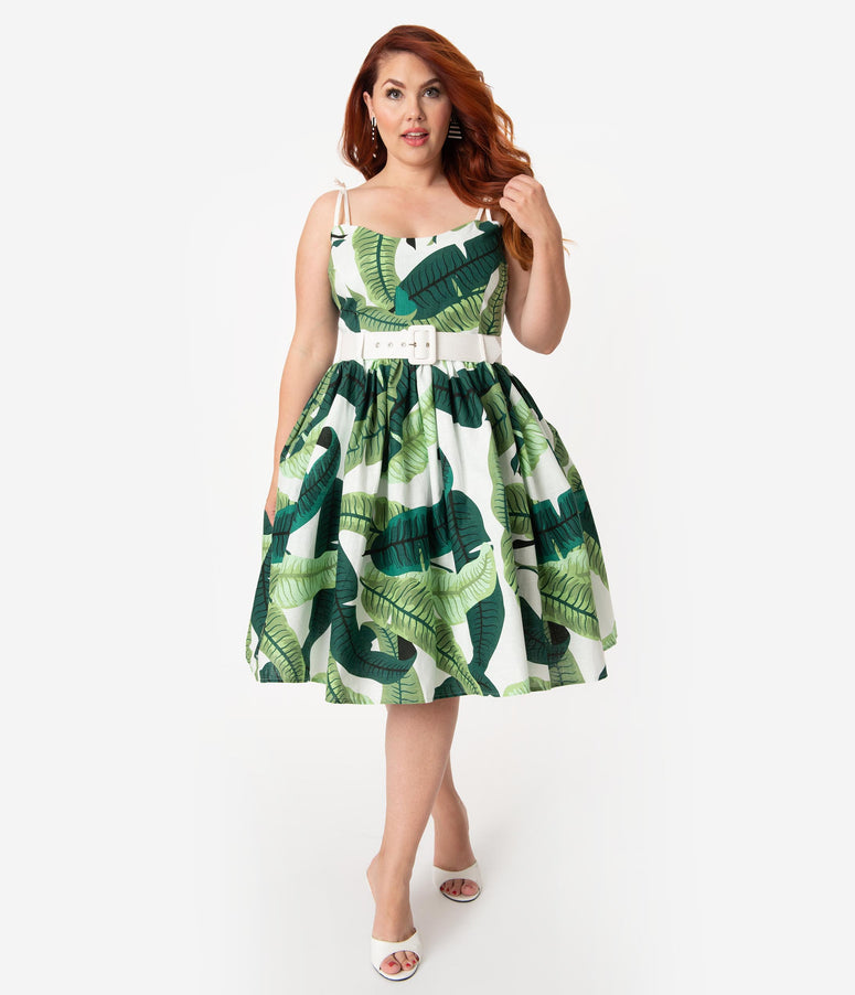 Collectif Plus Size 1950s Green & Ivory Banana Leaf Print Jade Swing Dress
