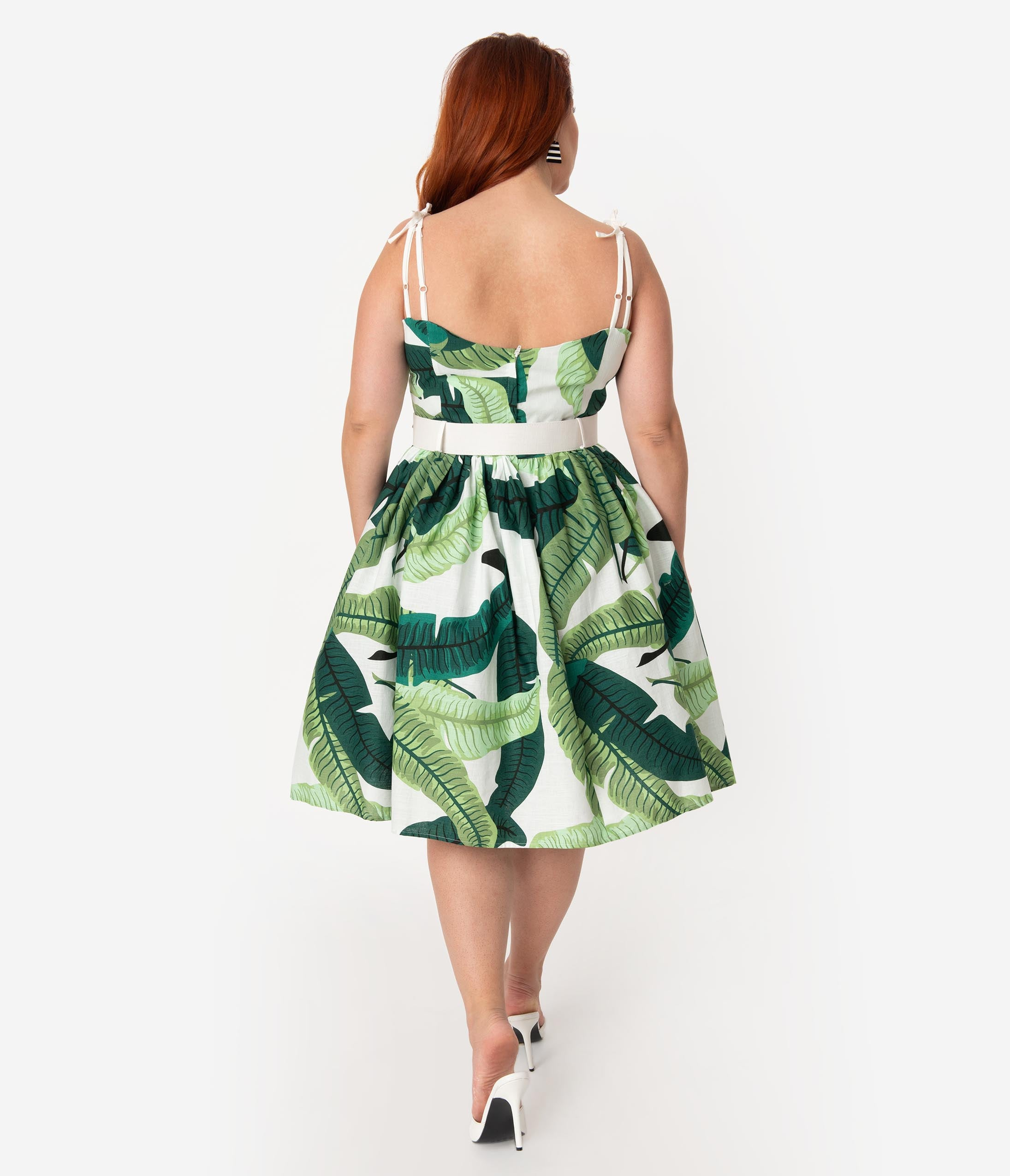 fb44b7ef74af Collectif Plus Size 1950s Green   Ivory Banana Leaf Print Jade Swing Dress