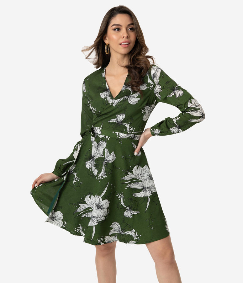 Voodoo Vixen 1960s Style Green & White Floral Print Long Sleeve Wrap Dress